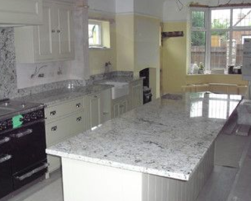Quartz Coarian Granite Ceasarstone Countertops For